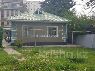 3-комнатный дом помесячно, 85 м², мкр Коктобе, Бегалина 30 — Төле би за 280 000 〒 в Алматы, Медеуский р-н — фото 16