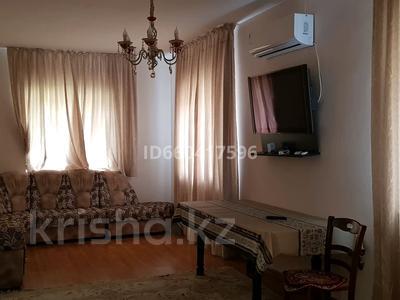 3-комнатный дом помесячно, 85 м², мкр Коктобе, Бегалина 30 — Төле би за 280 000 〒 в Алматы, Медеуский р-н