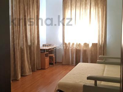 3-комнатный дом помесячно, 85 м², мкр Коктобе, Бегалина 30 — Төле би за 280 000 〒 в Алматы, Медеуский р-н — фото 8