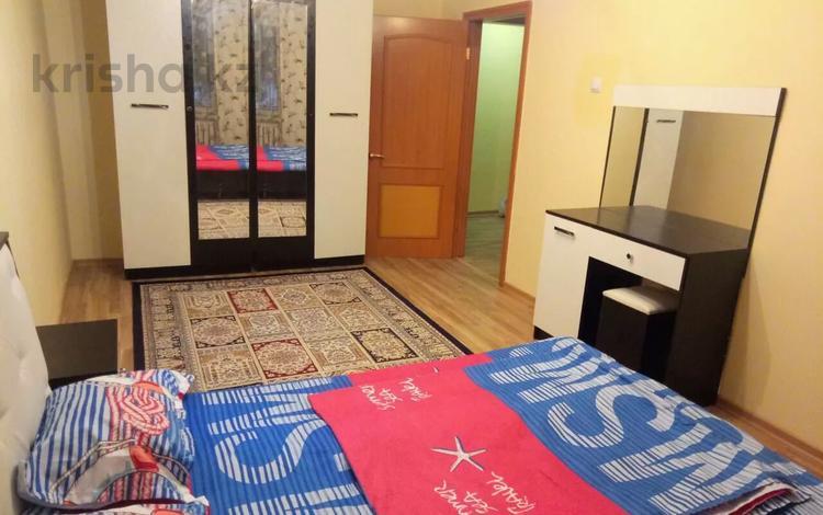 3-комнатная квартира, 65 м², 2/5 этаж посуточно, Назарбаева (Фурманова) 43 — Маметовой за 10 000 〒 в Алматы, Алмалинский р-н