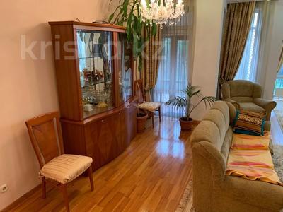 5-комнатный дом помесячно, 320 м², Тимирязева 42/4 за 600 000 〒 в Алматы, Бостандыкский р-н — фото 9