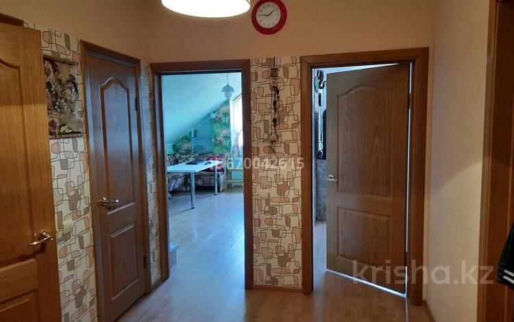 2-комнатная квартира, 60 м², 3/3 этаж, Пригородная 65/2 — Школьная за 17 млн 〒 в Краснодаре