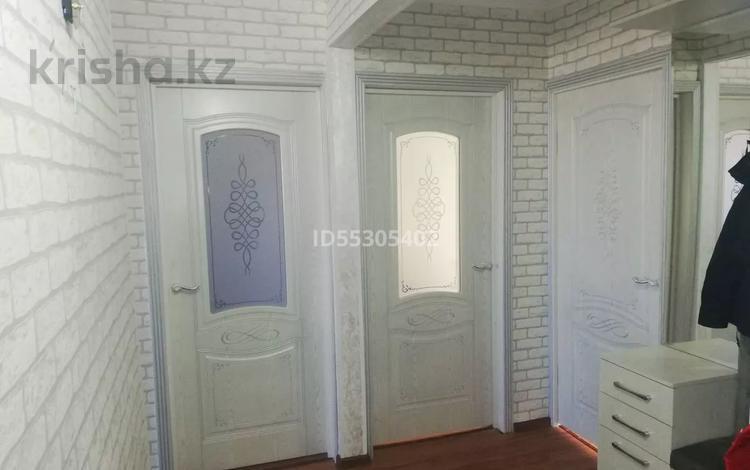 4-комнатная квартира, 78 м², 5/5 этаж, 8-й микрорайон, 8-й микрорайон 2 за 21 млн 〒 в Шымкенте, Абайский р-н