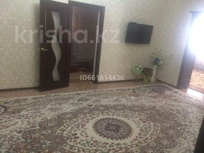 6-комнатный дом, 280 м², 8 сот., мкр Атырау 40 а — Советский за 35 млн 〒