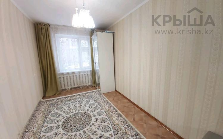 3-комнатная квартира, 62 м², 2/5 этаж, мкр Строитель за 14.5 млн 〒 в Уральске, мкр Строитель