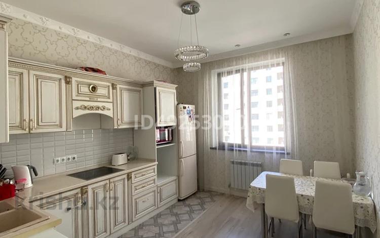 3-комнатная квартира, 97.5 м², 8/13 этаж, Е 49 7 за ~ 35.7 млн 〒 в Нур-Султане (Астана), Есиль р-н