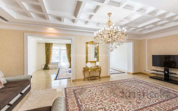 5-комнатный дом, 235 м², 6.2 сот., Ханшайым Суйнбике за 95 млн 〒 в Нур-Султане (Астана), Есиль р-н