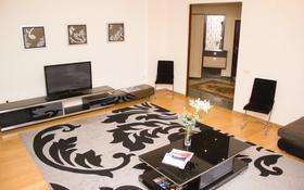 2-комнатная квартира, 80 м², 4/12 этаж посуточно, Достык 13 — Туркестан за 13 000 〒 в Нур-Султане (Астана), Есиль р-н