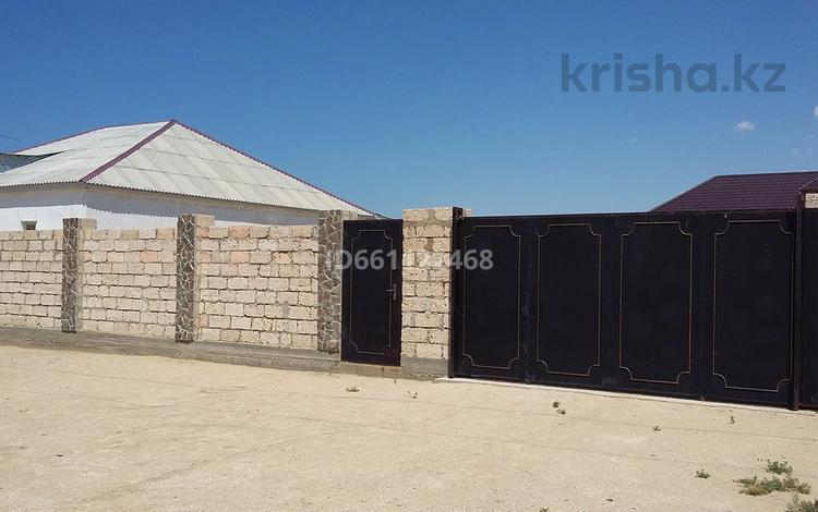 6-комнатный дом, 210 м², 10 сот., 4-й мкр 13 за 9 млн 〒 в С.шапагатовой