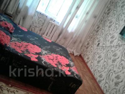 1-комнатная квартира, 33 м², 1/5 этаж по часам, Жетысуский р-н, мкр Айнабулак-2 за 1 500 〒 в Алматы, Жетысуский р-н