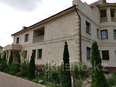 9-комнатный дом помесячно, 1000 м², 10 сот., Шаляпина — Яссауи за 2 млн 〒 в Алматы, Ауэзовский р-н