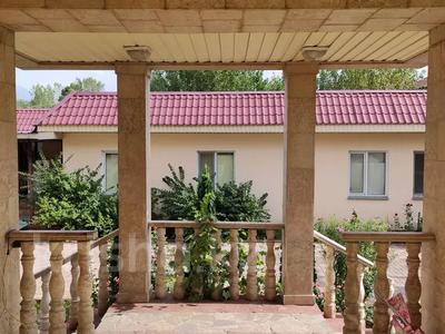 9-комнатный дом помесячно, 1000 м², 10 сот., Шаляпина — Яссауи за 2 млн 〒 в Алматы, Ауэзовский р-н — фото 2