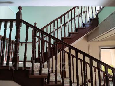 9-комнатный дом помесячно, 1000 м², 10 сот., Шаляпина — Яссауи за 2 млн 〒 в Алматы, Ауэзовский р-н — фото 3