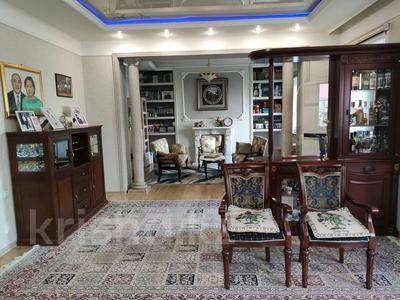 9-комнатный дом помесячно, 1000 м², 10 сот., Шаляпина — Яссауи за 2 млн 〒 в Алматы, Ауэзовский р-н — фото 4