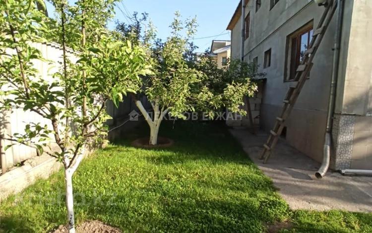 7-комнатный дом, 370 м², 11 сот., Ауэзовский р-н, мкр Дубок (Шабыт) за 130 млн 〒 в Алматы, Ауэзовский р-н