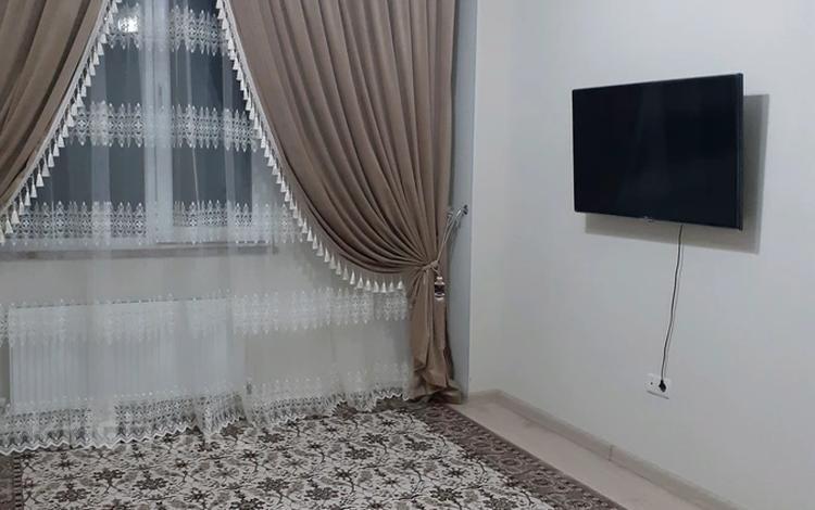 2-комнатная квартира, 60 м², 4/9 этаж помесячно, мкр Север , Толеметова Жк Кокжайляу за 130 000 〒 в Шымкенте, Енбекшинский р-н