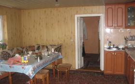 4-комнатный дом помесячно, 68 м², Поддубного 170 за 100 000 〒 в Алматы, Турксибский р-н