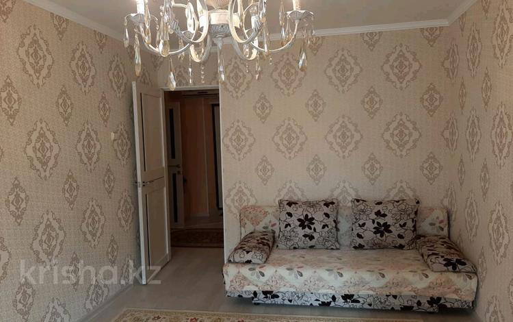 2-комнатная квартира, 54 м², 5/9 этаж помесячно, 9-й мкр, 9-й МКР 20 за 100 000 〒 в Актау, 9-й мкр