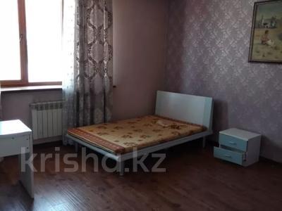 7-комнатный дом помесячно, 320 м², мкр Дубок-2 158 — Шаляпина Момышулы за 500 000 〒 в Алматы, Ауэзовский р-н — фото 12