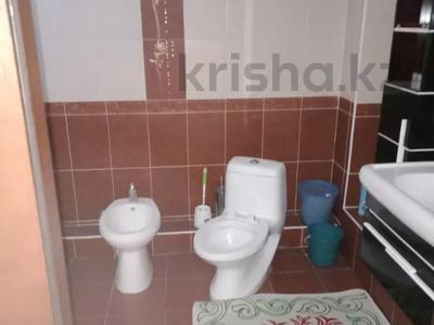 7-комнатный дом помесячно, 320 м², мкр Дубок-2 158 — Шаляпина Момышулы за 500 000 〒 в Алматы, Ауэзовский р-н — фото 2