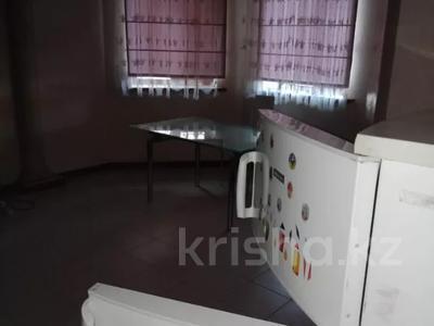 7-комнатный дом помесячно, 320 м², мкр Дубок-2 158 — Шаляпина Момышулы за 500 000 〒 в Алматы, Ауэзовский р-н — фото 4
