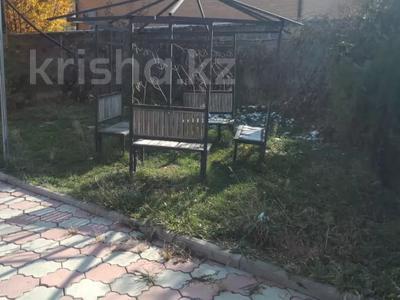 7-комнатный дом помесячно, 320 м², мкр Дубок-2 158 — Шаляпина Момышулы за 500 000 〒 в Алматы, Ауэзовский р-н — фото 8