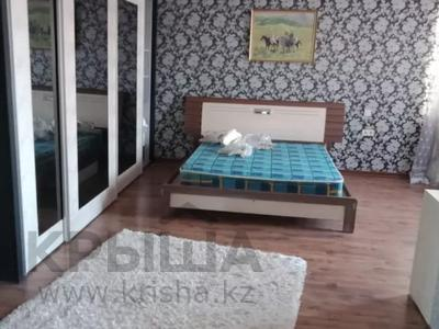 7-комнатный дом помесячно, 320 м², мкр Дубок-2 158 — Шаляпина Момышулы за 500 000 〒 в Алматы, Ауэзовский р-н — фото 9