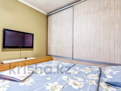 1-комнатная квартира, 35 м², 3/3 этаж посуточно, Курмангазы 54 за 12 000 〒 в Алматы, Алмалинский р-н