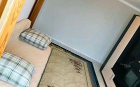 2-комнатная квартира, 59 м², 8/9 этаж посуточно, улица Толеу Алдиярова 2 — Газиза Жубанова за 8 000 〒 в Актобе