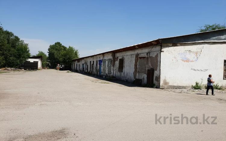 "Промбаза 4 га, Трасса ""Алматы - Бишкек"" 17 км за 1.7 млрд 〒 в Иргелях"