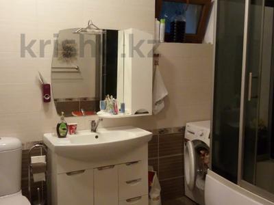 8-комнатный дом, 150 м², 16 сот., Кайнар Булак за 30 млн 〒 в Шымкенте, Каратауский р-н — фото 9