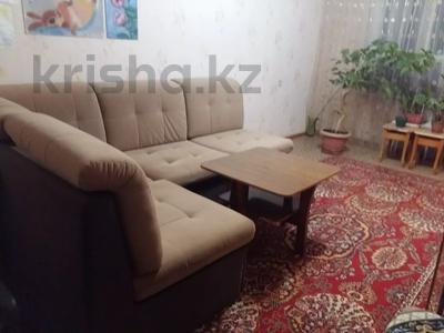 1-комнатная квартира, 60 м², 3/5 этаж посуточно, 5 мкр 25 — Сидранского за 10 000 〒 в Капчагае — фото 2