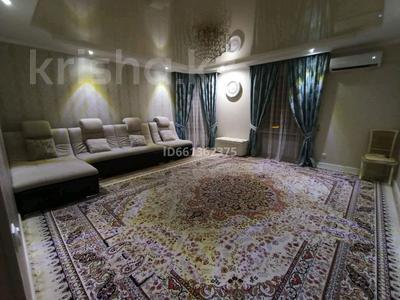 3-комнатная квартира, 92 м², 3/5 этаж, 3-й мкр 18 за 22.5 млн 〒 в Актау, 3-й мкр — фото 3