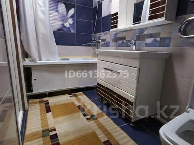 3-комнатная квартира, 92 м², 3/5 этаж, 3-й мкр 18 за 22.5 млн 〒 в Актау, 3-й мкр — фото 9
