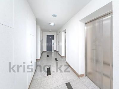 3-комнатная квартира, 75.5 м², 18/23 этаж, проспект Кабанбай Батыра 43Б за 45 млн 〒 в Нур-Султане (Астана), Есиль р-н — фото 22