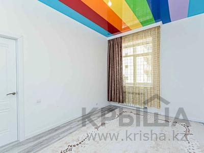 3-комнатная квартира, 100 м², 3/7 этаж, Сауран за ~ 47 млн 〒 в Нур-Султане (Астана), Есиль р-н — фото 17