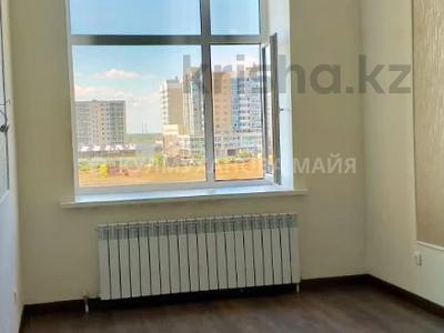 1-комнатная квартира, 37 м², 4/9 этаж, Улы Дала 3/3 за 15.5 млн 〒 в Нур-Султане (Астана), Есиль р-н — фото 12