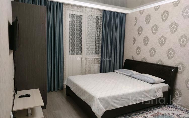 1-комнатная квартира, 38 м², 8/12 этаж посуточно, 1-я улица 89 за 10 000 〒 в Алматы, Алатауский р-н
