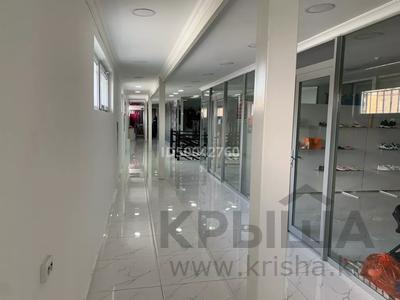 Магазин площадью 30 м², Рашидова 34 за 40 000 〒 в Шымкенте, Аль-Фарабийский р-н — фото 14