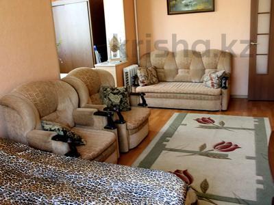 1-комнатная квартира, 40 м², 2/5 этаж посуточно, 5 мкр 10 — Набережная за 6 000 〒 в Актау — фото 3