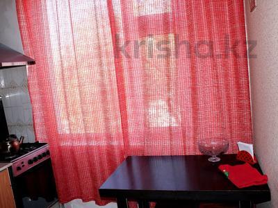 1-комнатная квартира, 40 м², 2/5 этаж посуточно, 5 мкр 10 — Набережная за 6 000 〒 в Актау — фото 9