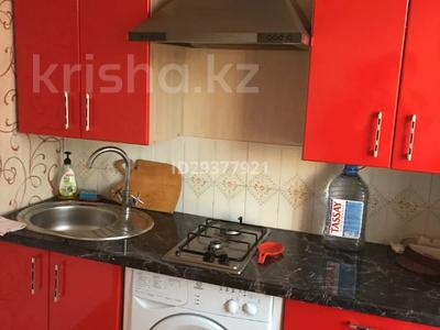 1-комнатная квартира, 40 м², 2/5 этаж посуточно, 5 мкр 10 — Набережная за 6 000 〒 в Актау — фото 2