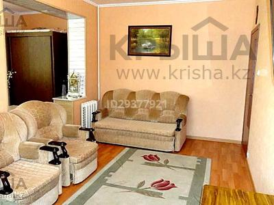 1-комнатная квартира, 40 м², 2/5 этаж посуточно, 5 мкр 10 — Набережная за 6 000 〒 в Актау