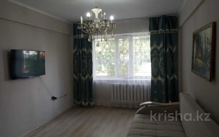 2-комнатная квартира, 45 м², 1/5 этаж, проспект Тауелсиздик за 15 млн 〒 в Нур-Султане (Астане), Алматы р-н