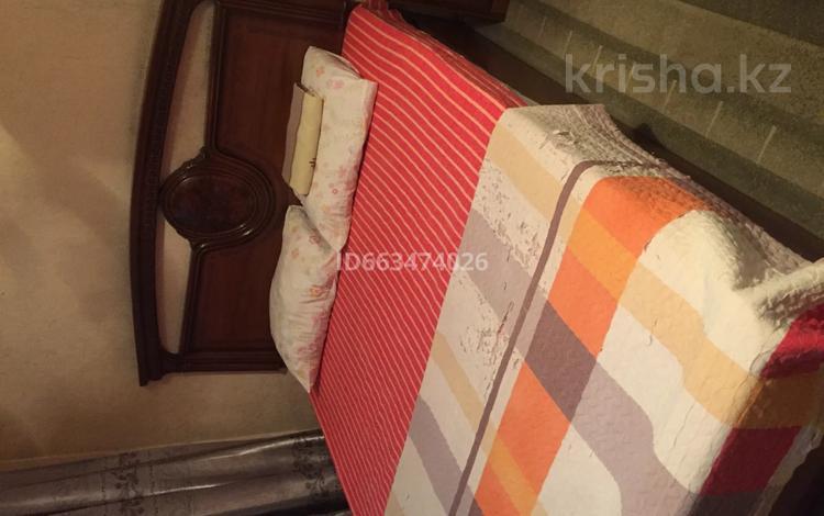 1-комнатная квартира, 36 м², 2/5 этаж посуточно, Абая — проспект Гагарина за 5 000 〒 в Алматы, Алмалинский р-н