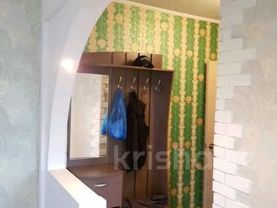 1-комнатная квартира, 32 м², 5/5 этаж посуточно, Кабанбай батыра 120 за 5 000 〒 в Усть-Каменогорске — фото 5