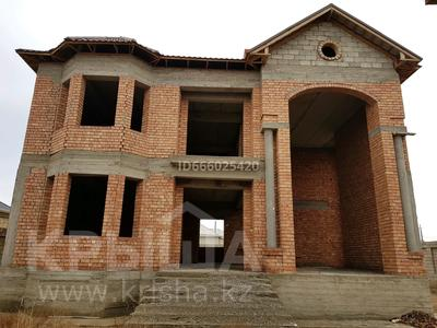 10-комнатный дом, 420 м², 10 сот., ул. Ж. Карменова 63 за 80 млн 〒 в Туркестане