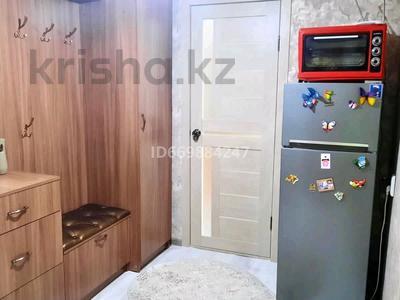 3-комнатная квартира, 58 м², 3/5 этаж, пгт Балыкши, улица Абая Кунанбаева 26 за 15 млн 〒 в Атырау, пгт Балыкши