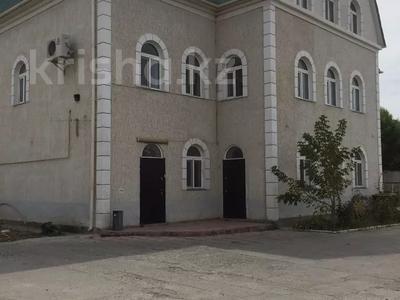 Здание, площадью 615 м², Курмангазы за 240 млн 〒 в Атырау