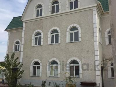 Здание, площадью 615 м², Курмангазы за 240 млн 〒 в Атырау — фото 2